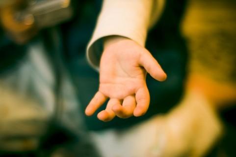 人は一人では生きてはいけない|与える喜び そして蓋をする本能