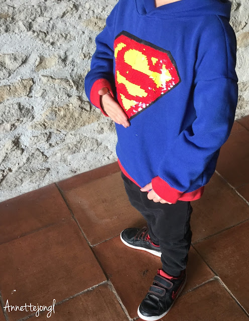 https://annettejongl.blogspot.fr/2018/01/le-sweat-superman-de-copieuse.html