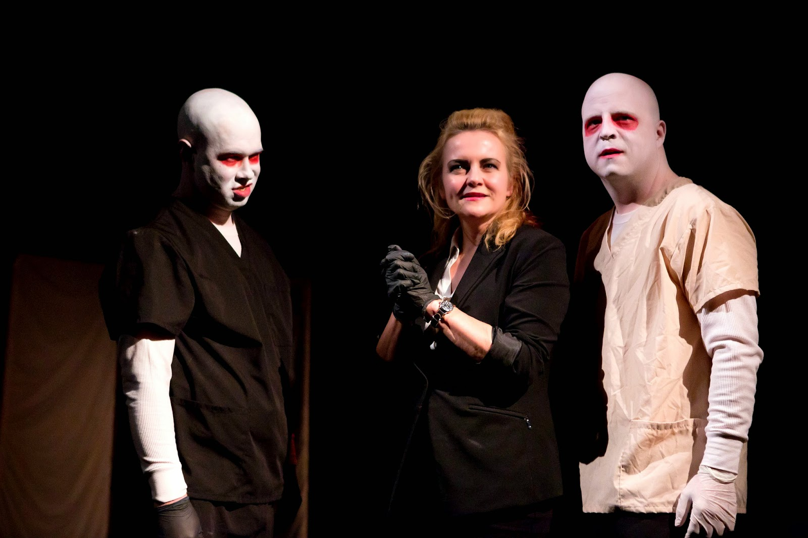 com the blood brothers present bedlam nightmares framework for the evening is losing patients by mac rogers which features more of the interactions between doctor queen and the blood brothers along