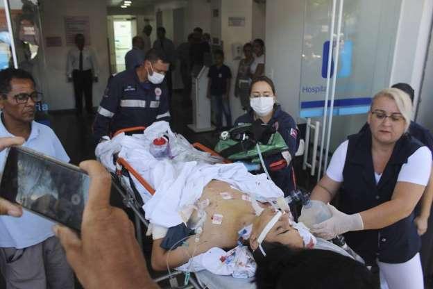 BBUJAD6 - Veja fotos do massacre em Suzano
