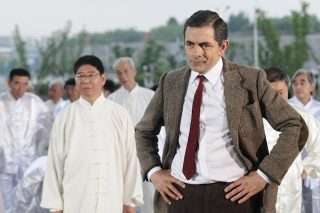 Mr Bean star Rowan Atkinson backs Boris Johnson's 'almost perfect' burqa 'joke' as Tory civil war erupts