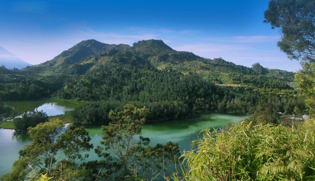 Gunung Prau telaga warna indah wisata gunung