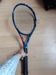Wilson Ultra 100L Camo tennis racket