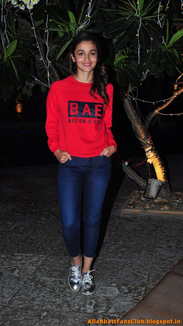 Alia Bhatt Latest Sexy Pics