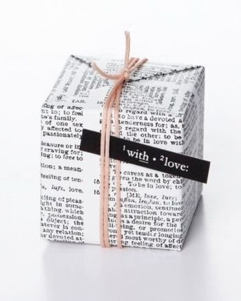 GetCreative: Use Newspaper for Gift wrapping   Bling Sparkle