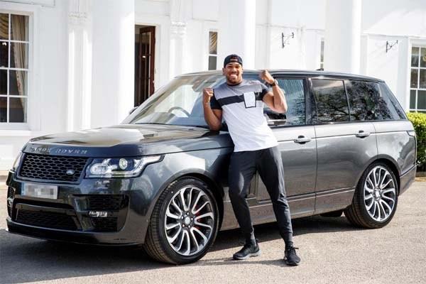 Anthony Joshua's Range Rover Autobiography