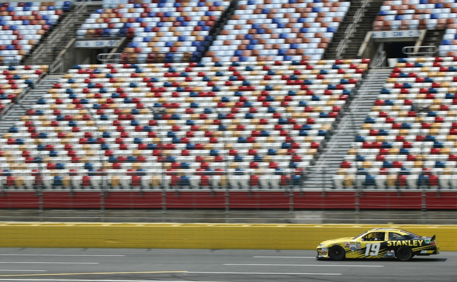 Charlotte motor speedway for Camping at charlotte motor speedway