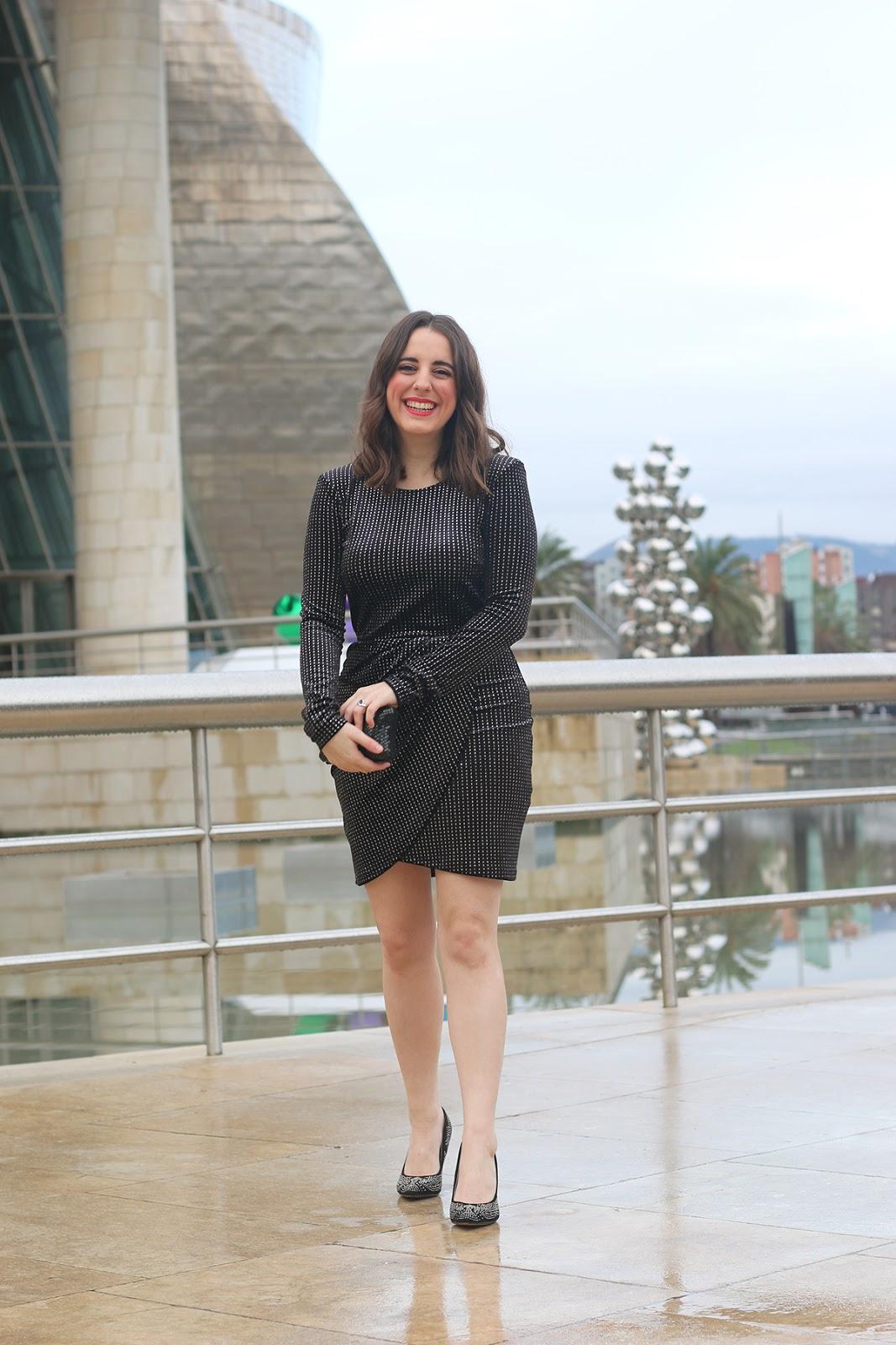 Outfit vestido negro noche