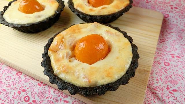 金柑をたっぷり使ったベイクドチーズのブラックココアタルト