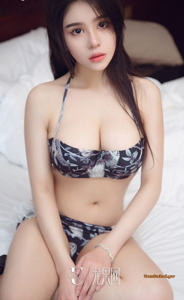 UGIRLS Ai You Wu App No.1295 MrCong.com 015 wm - UGIRLS – Ai You Wu App No.1295: Người mẫu 裴依雅 (35 ảnh)
