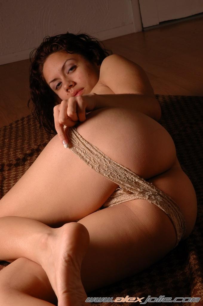 Nude Bikini Girl