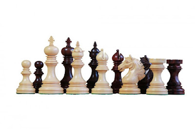 Garvi Rosewood Chess Pieces