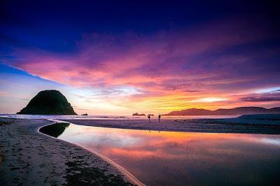 sunset-pulau-merah-sumberagung-banyuwangi