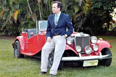Entusiasta de MP Lafer, escritor de livros e chofer de casamento. (foto: Renata Tosetto)