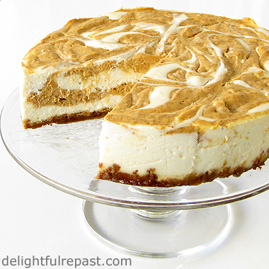 Grow Your Blog Traffic (and Pumpkin Swirl Cheesecake) / www.delightfulrepast.com