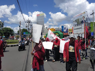 Hak Buruh PT Kartika Candra Dikebiri, IMM Wadul  Ke DPRD Jember