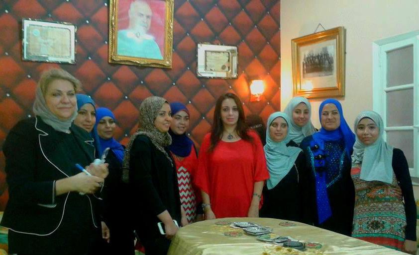 بالصـور رانيـا ووفـد المجلس القومي للمرأة يتفقدون احـوال المرأة  في منشأة القنـاطـر ,