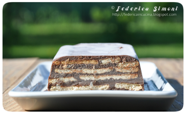 La cucina di Federica: Budino al cioccolato con biscotti