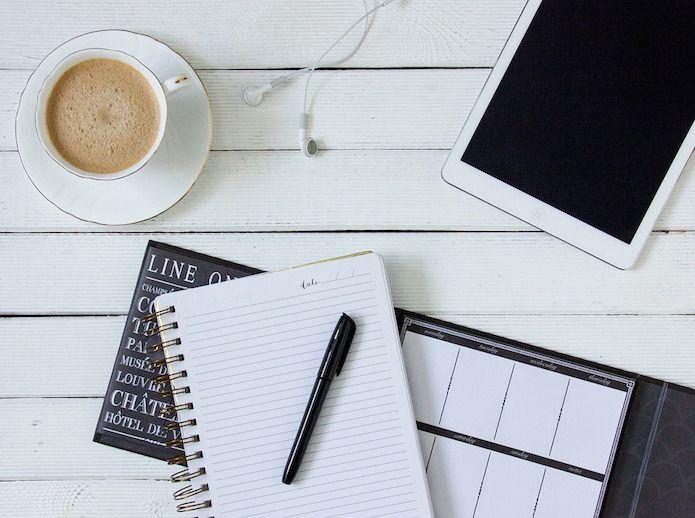 café, libreta, pc, planificar