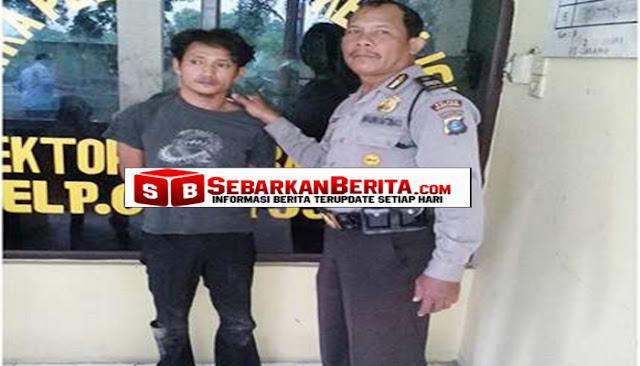Anak yang Berbakti Kepada Orangtua Ini Ditangkap Polisi. Ya Iyalah, Lha Wong…