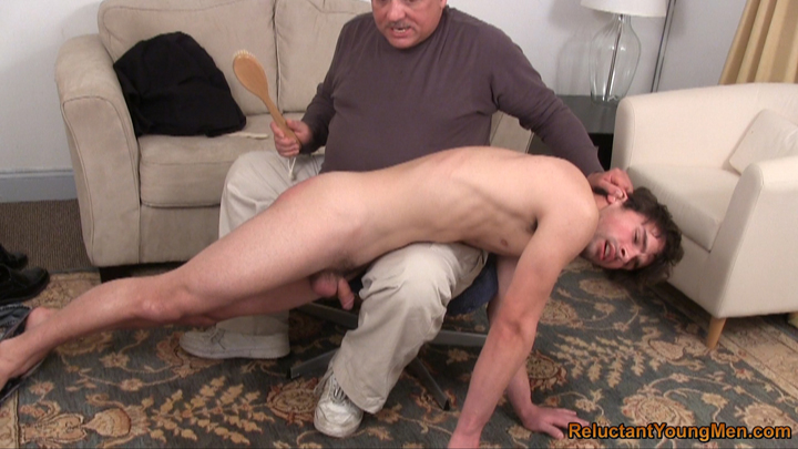 Videos gays reluctant young men