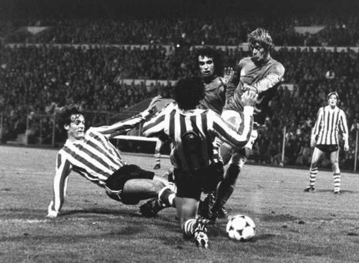 John Rep voor St Etienne in duel met PSV