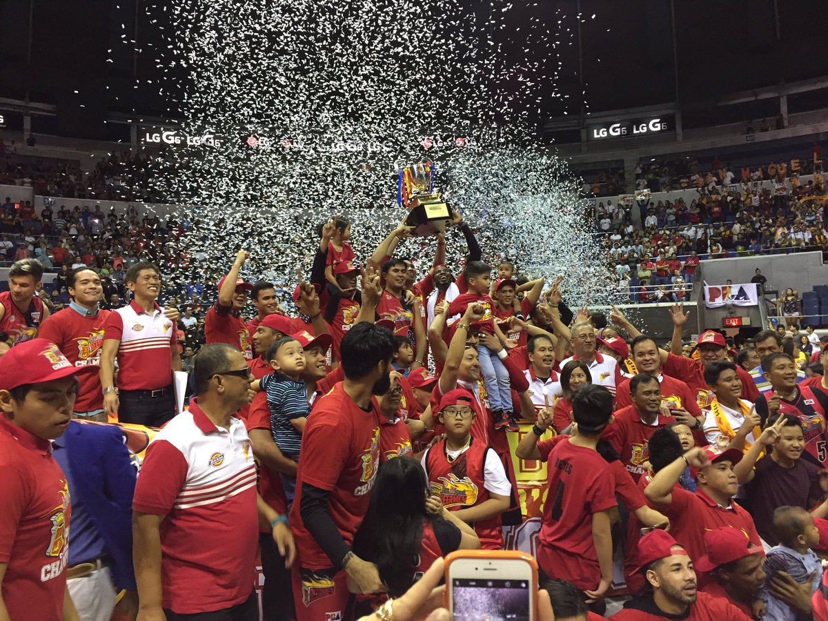 San Miguel finishes off TNT, claims 2017 Commissioner's Cup title