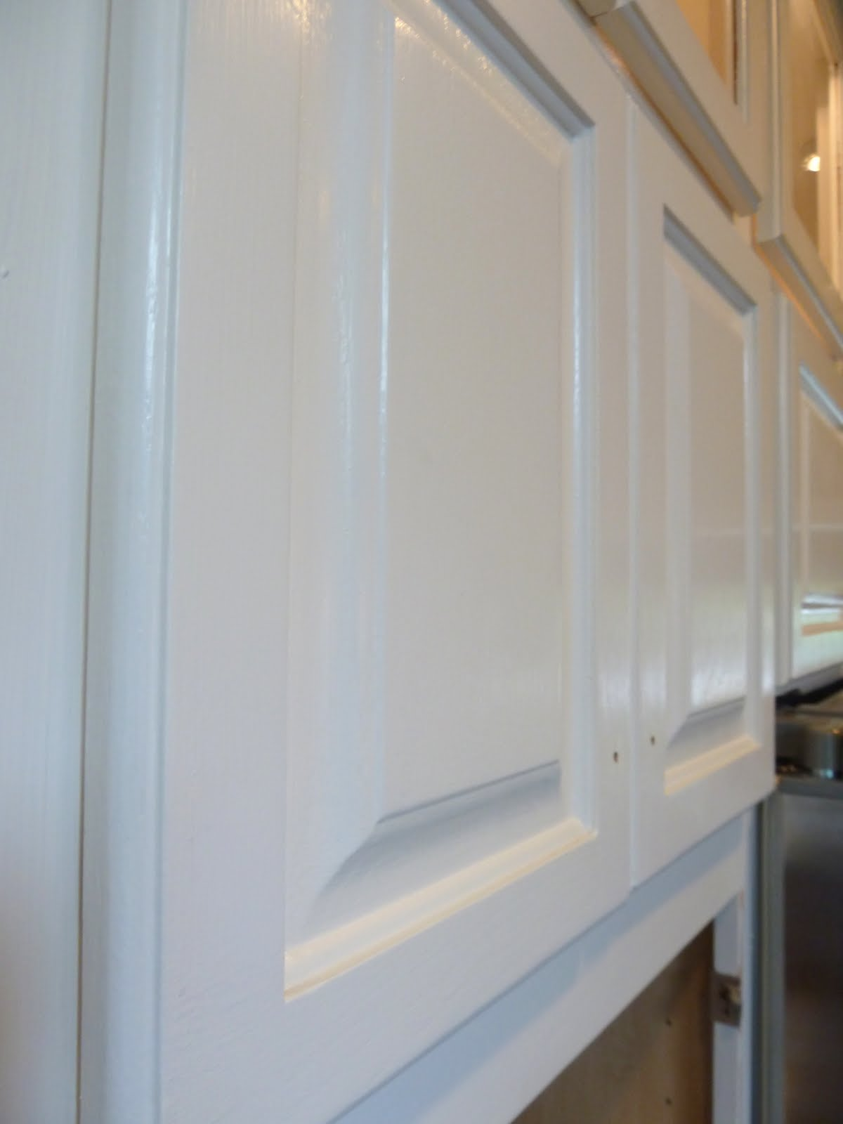Distressed Kitchen Cabinets: How To Distress Your Kitchen Cabinets ...