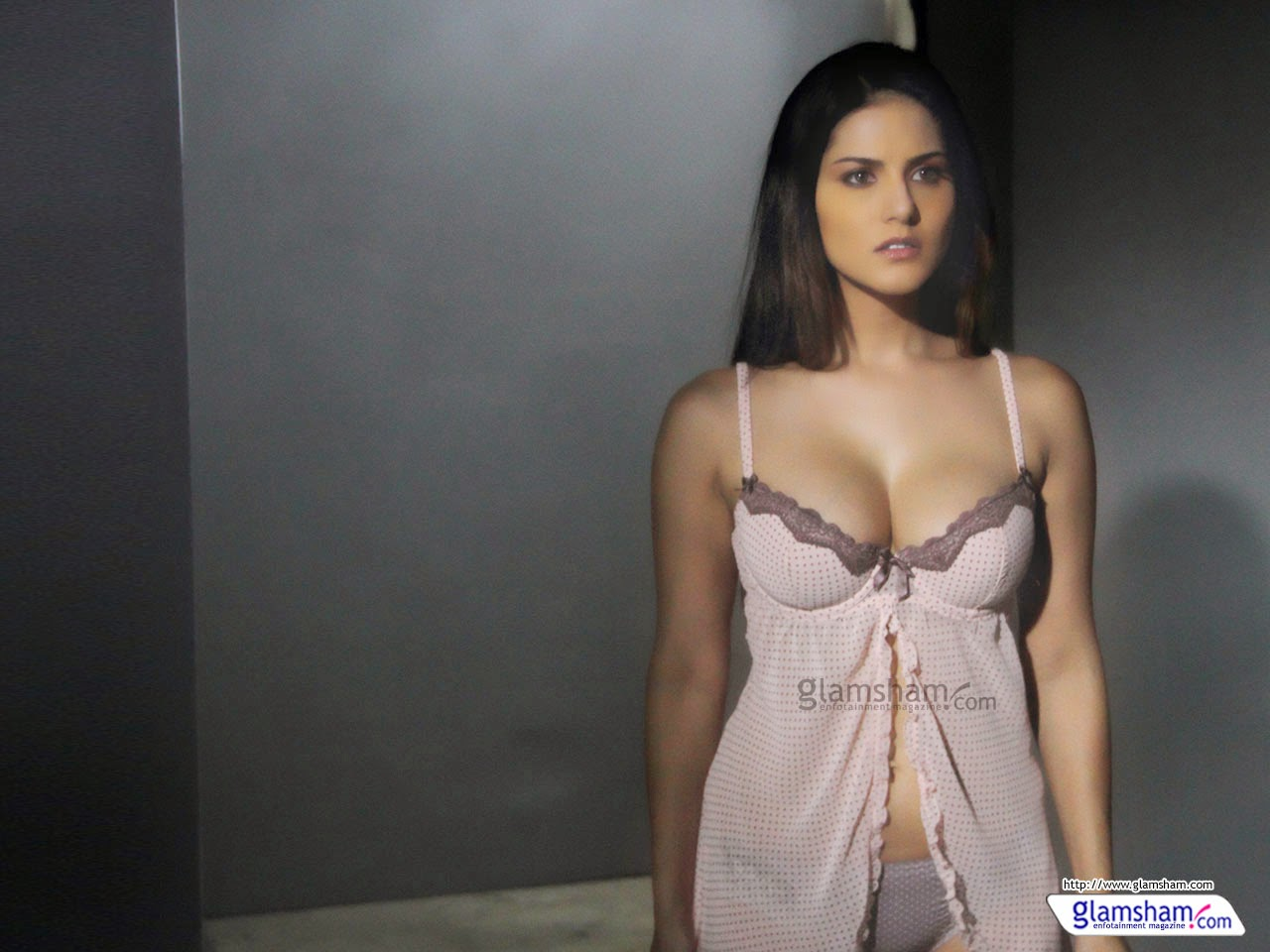 Bollywood Actress Sunny Leone Full Hd Hot Photo Gallery -7431