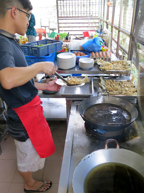 Seng-Steam-Fish-成蒸鱼与肉骨茶-Taman-Sri-Tebrau-Johor-Bahru