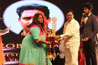 MGR Sivaji Academy Awards 2016 Stills  0067.jpg
