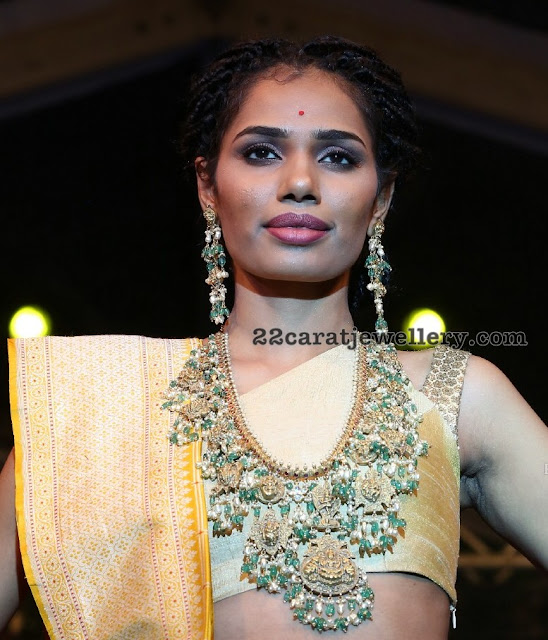 Models Showcasing Heavy Jewellery at Tajkrishna