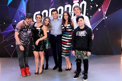 Teddy, Nadja, Naty, Celso, Camila, Nando e Yudi. Crédito: Lourival Ribeiro/SBT