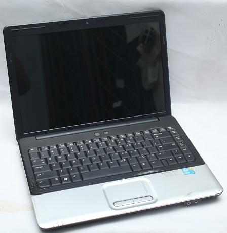 Compaq Presario CQ41 Core I3