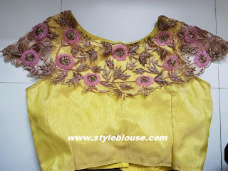 SMALL NECK BLOUSE