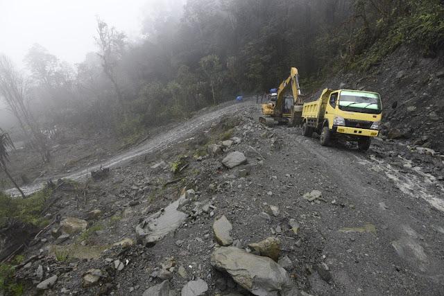 BREAKING NEWS 31 Pekerja Jembatan Trans Papua Dibunuh Kelompok Kriminal Bersenjata, Ini Penyebabnya