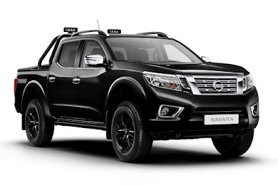 Nissan NP300 Navara Trek-1° Double Cab (2017) Front Side