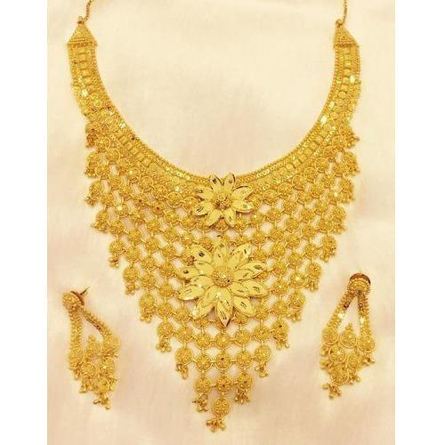 Fancy Gold Necklace Design