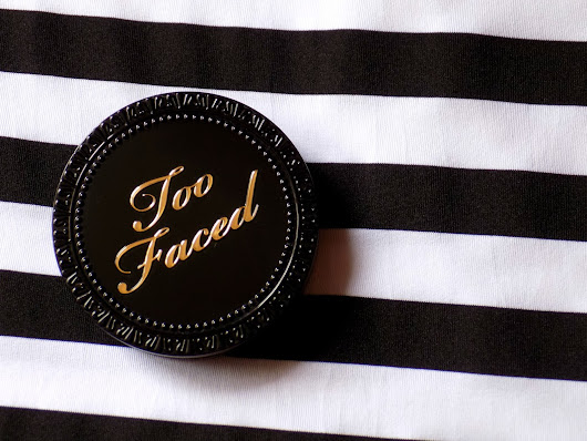 Andra  Mălin : Too Faced Cocoa Powder Foundation || REVIEW