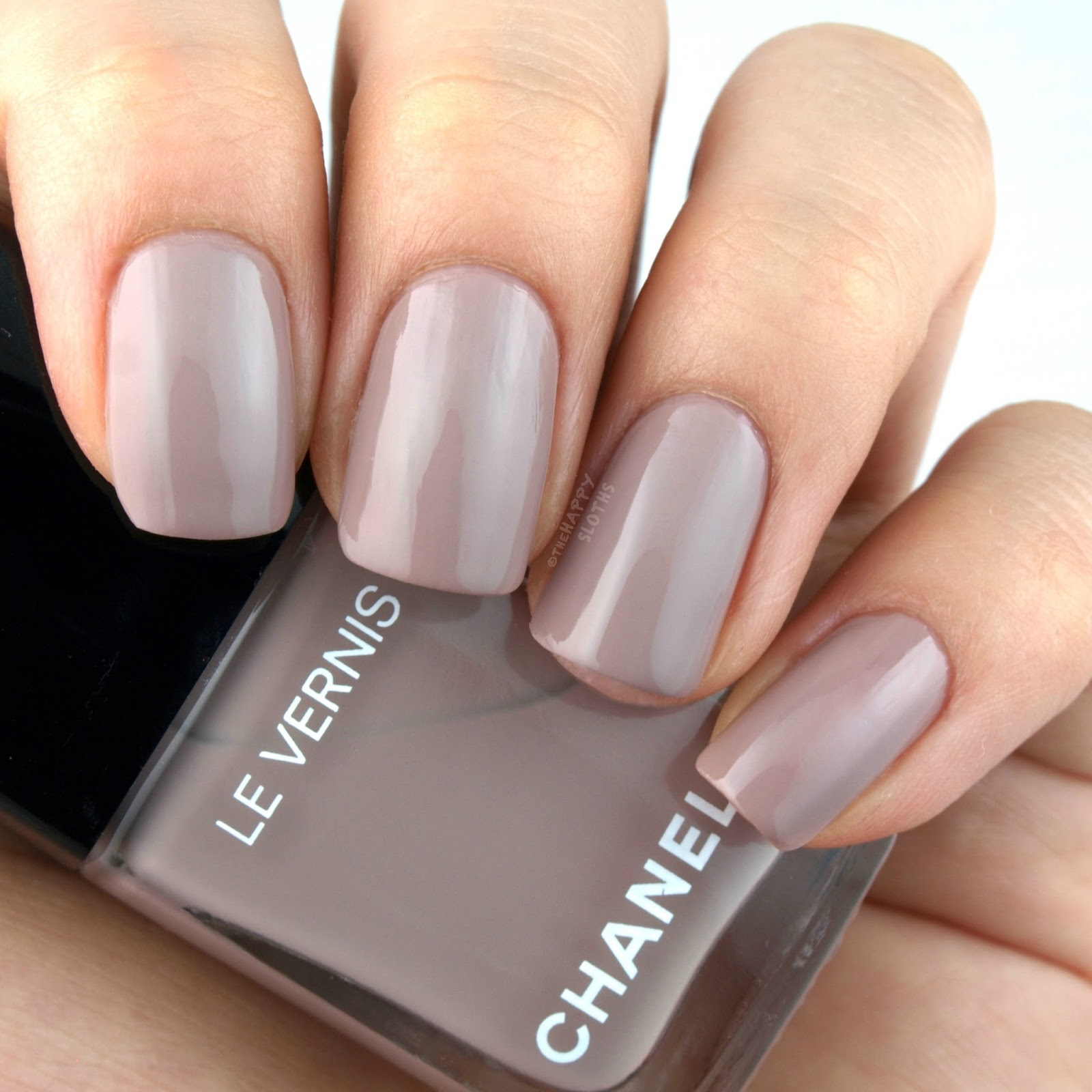 "Chanel Le Vernis in ""578 New Dawn"": Review and Swatches"