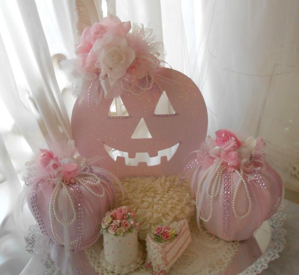 Olivia's Romantic Home: Shabby Chic Pink Pumpkins