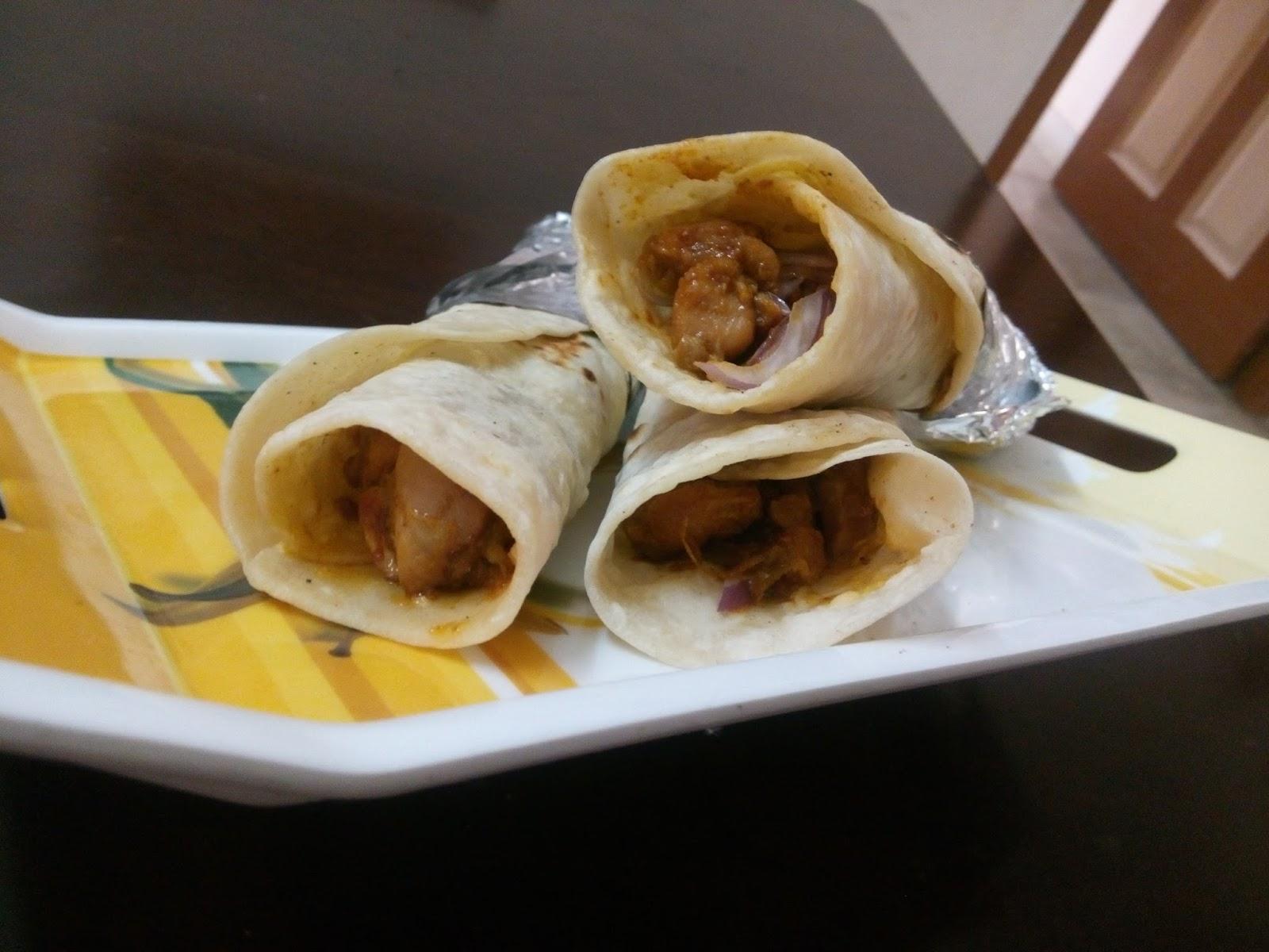 Lil Spice & Lil Stir...: Chicken Kathi Roll... Chicken Frankie