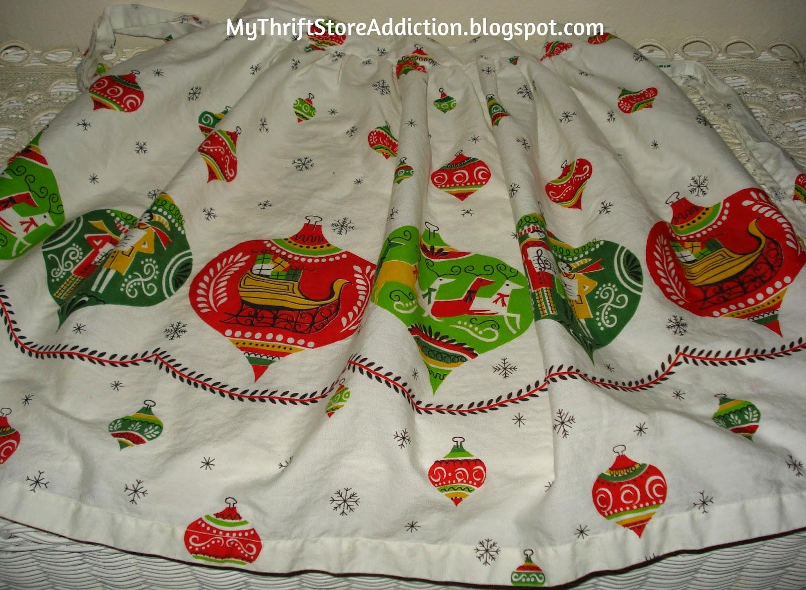 Vintage Christmas apron