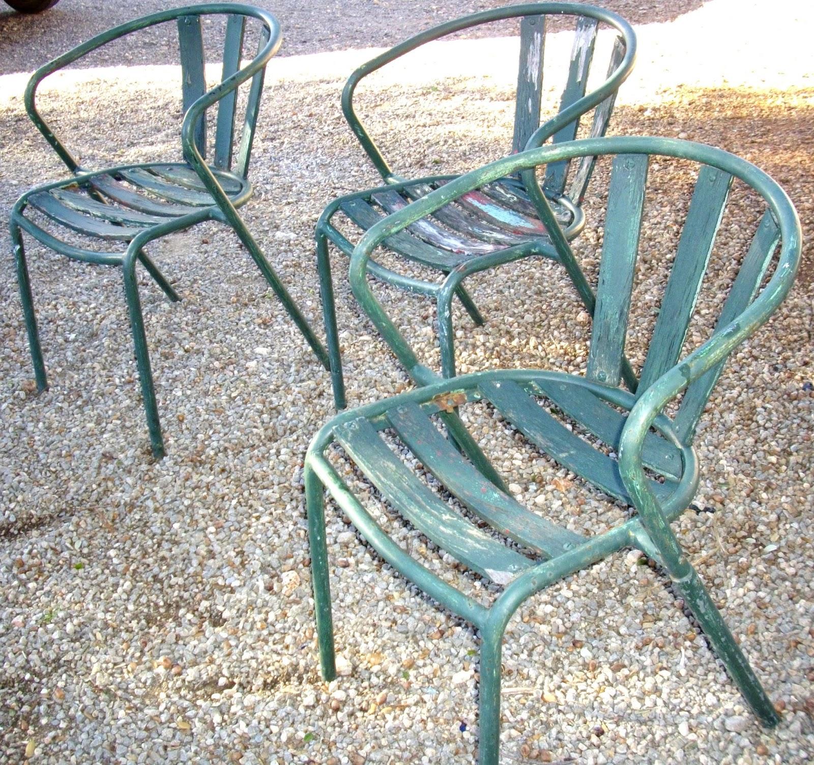 lot 3 anciennes chaises de jardin de bar bistrot atelier loft industriel type tolix i brocante. Black Bedroom Furniture Sets. Home Design Ideas