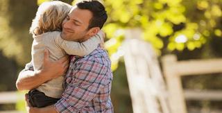 Γιατί τα παιδιά χρειάζονται (τόσο πολύ) και τους μπαμπάδες τους;