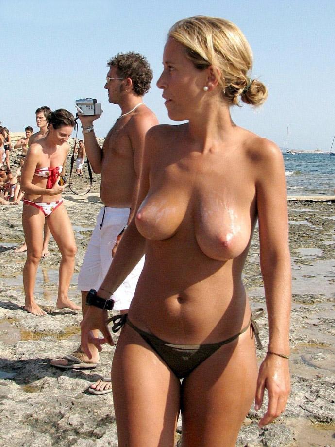 japanese nude beach