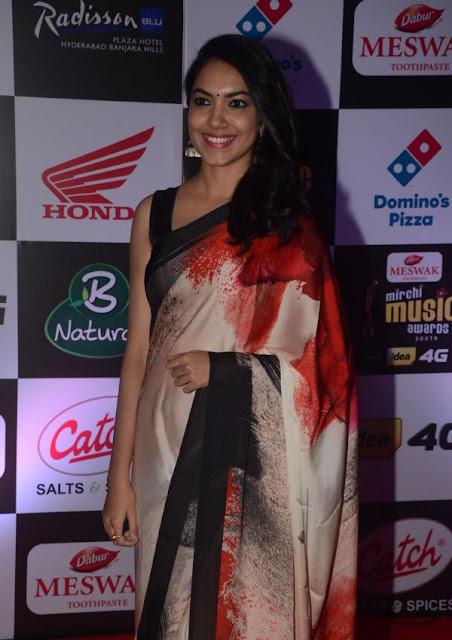 a9b6a65858 Bollywood Actress Saree Collections: Ritu Varma in Printed Saree at ...