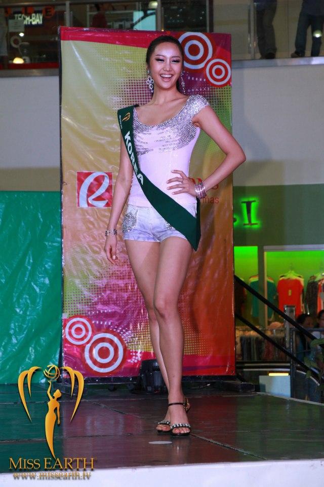La Alfombra Rosa: Miss Ucrania 2010-2011