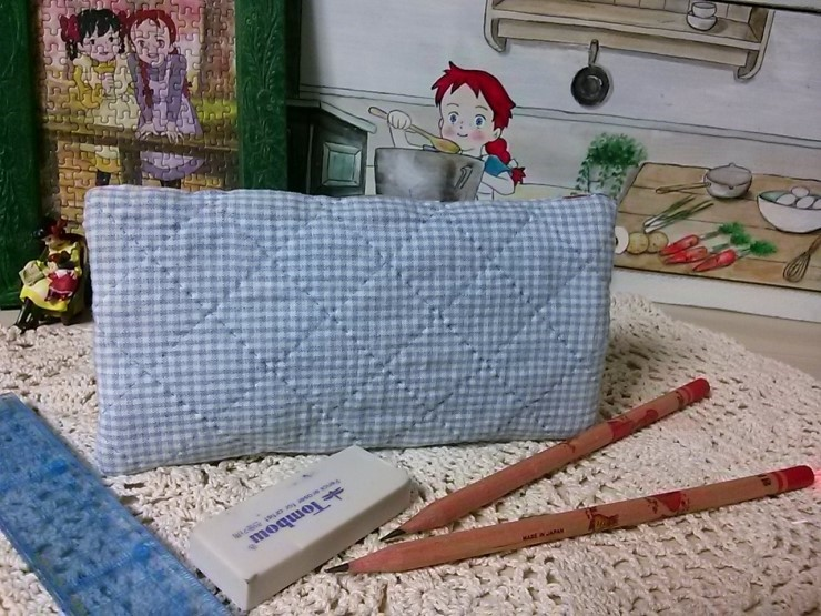 Sew Zipper Pencil Case step by step. DIY tutorial in pictures.  Пенал из ткани на молнии.