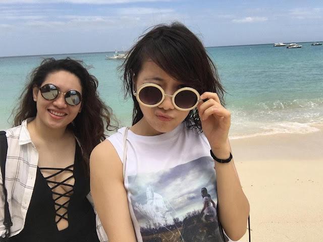 Boracay girls